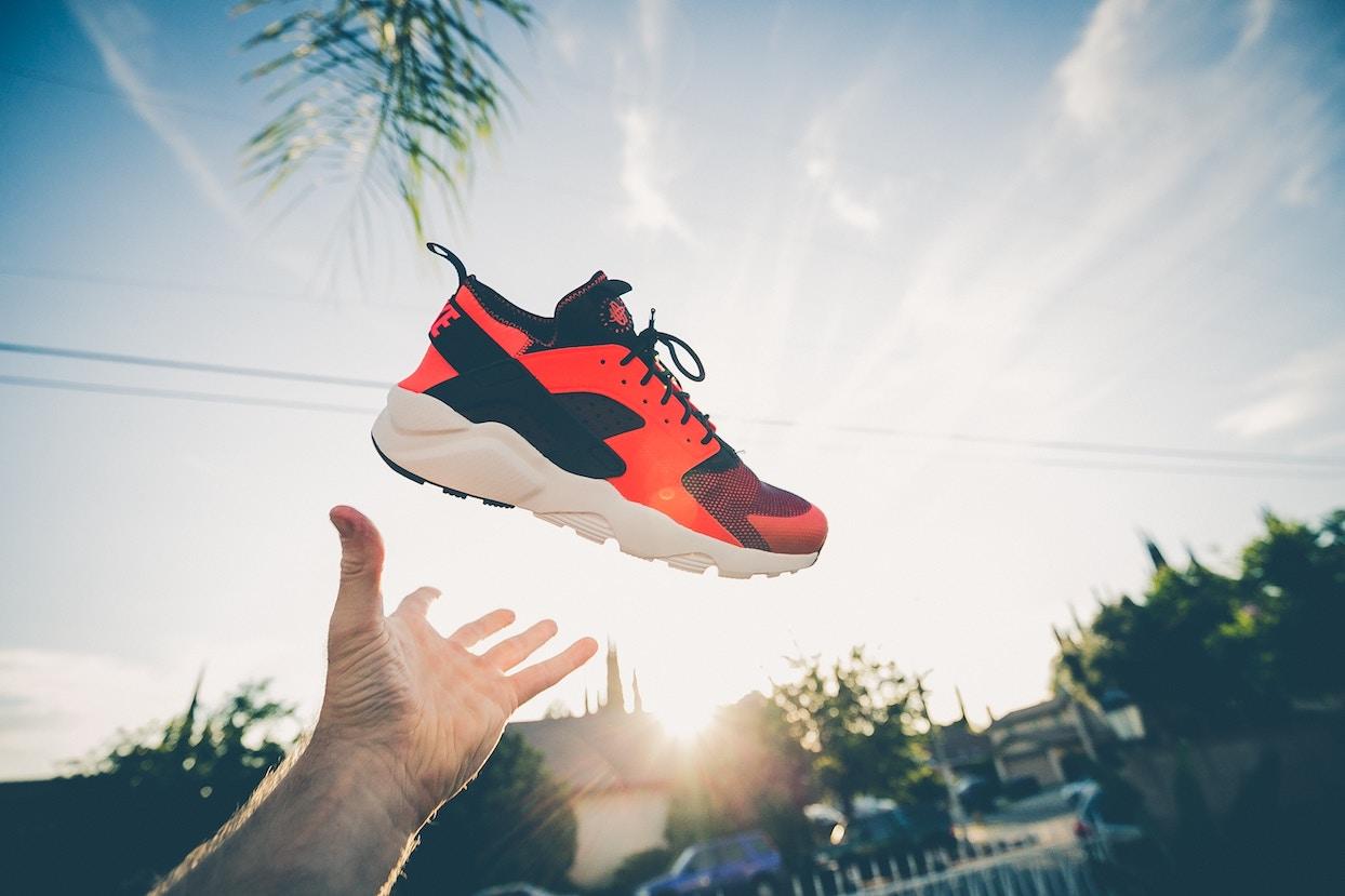 40f02093 Как купить кроссовки в интернет-магазине и не ошибиться в выборе?